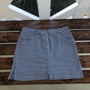 Bamboo Traders Black and White Skort
